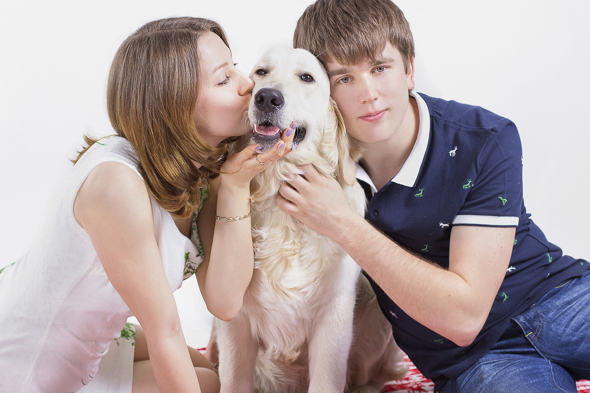Sasha, Olya i Yanti - a happy family